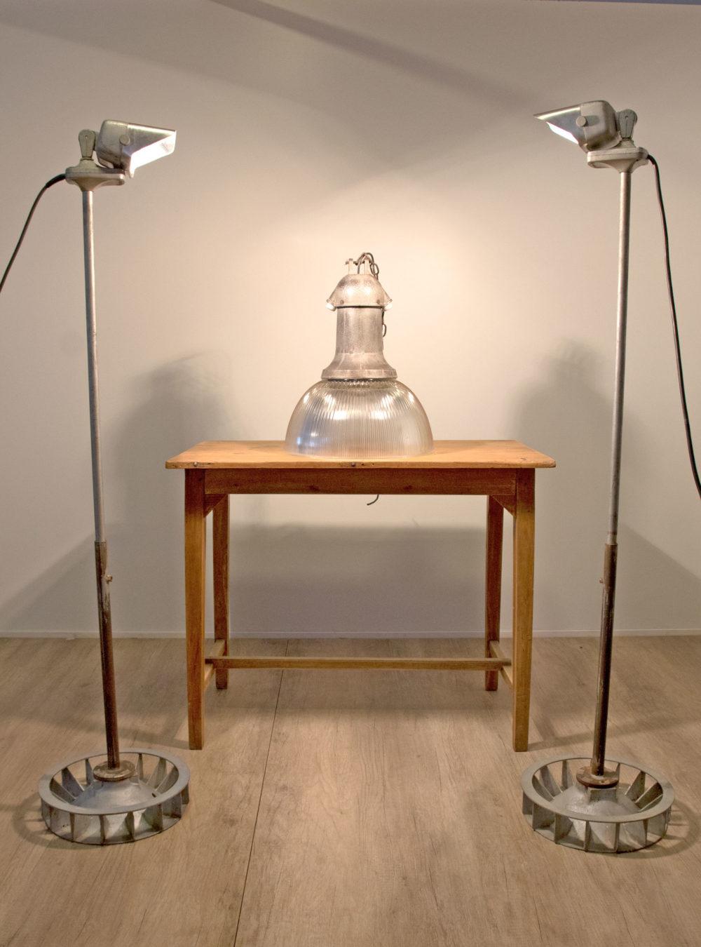 fm lamp